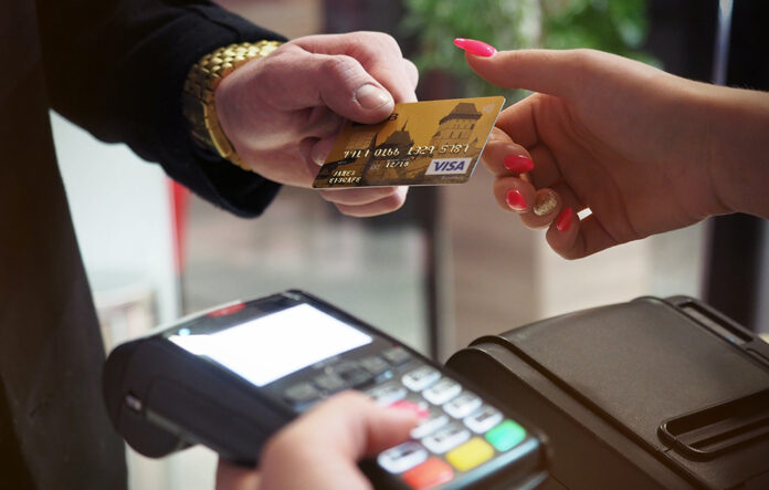 Đáo hạn thẻ tín dụng đơn giản