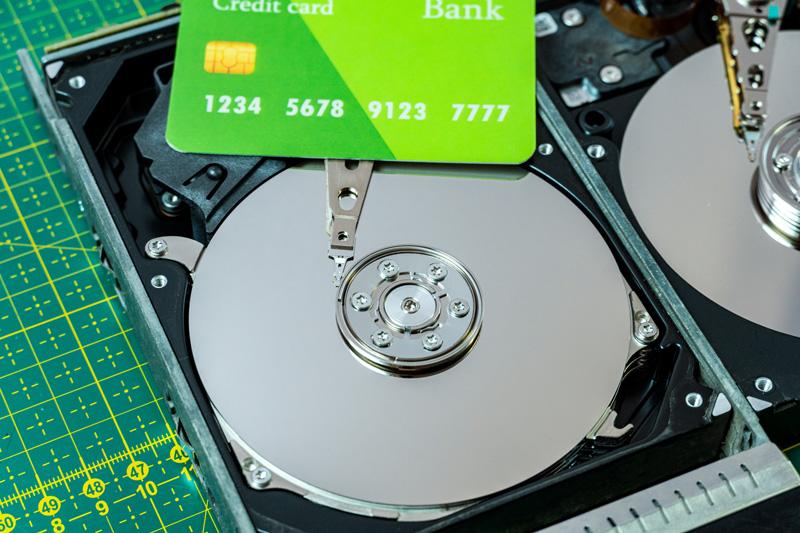 Cách xử lí hiệu quả khi thẻ tín dụng FE không kích hoạt được